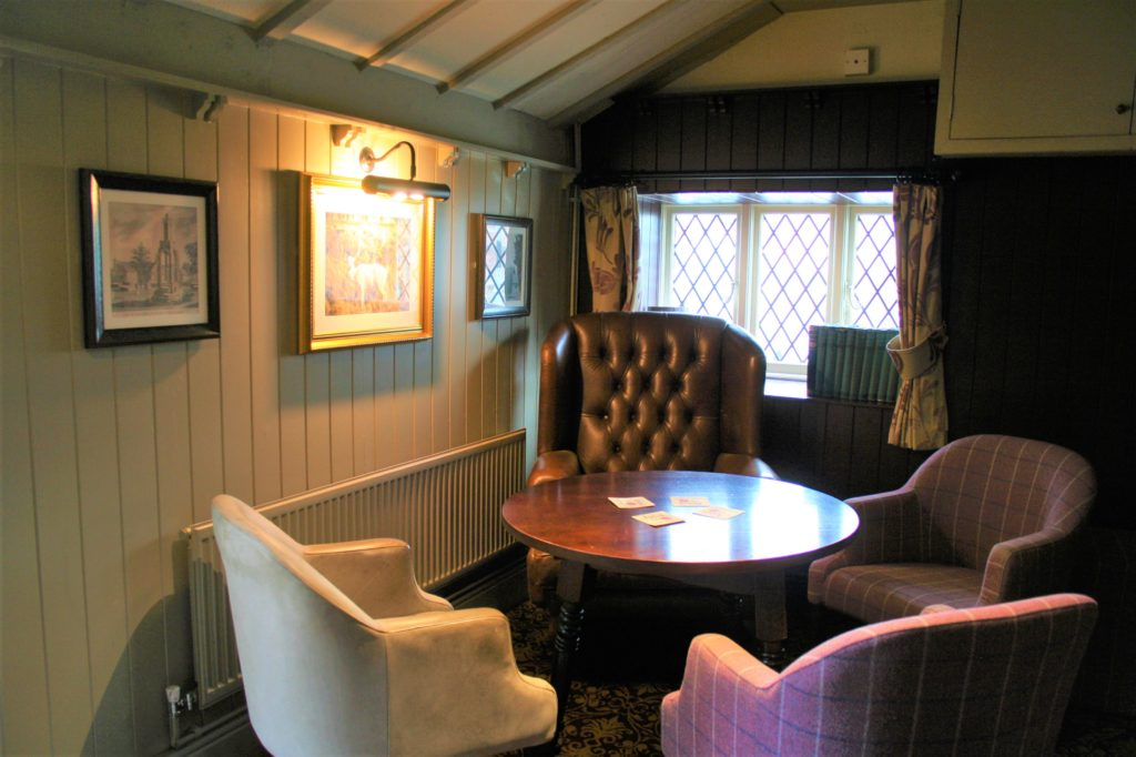 bar at The White Hart pub Iron Acton